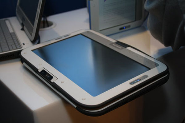 Intel Classmate Convertible Netbook