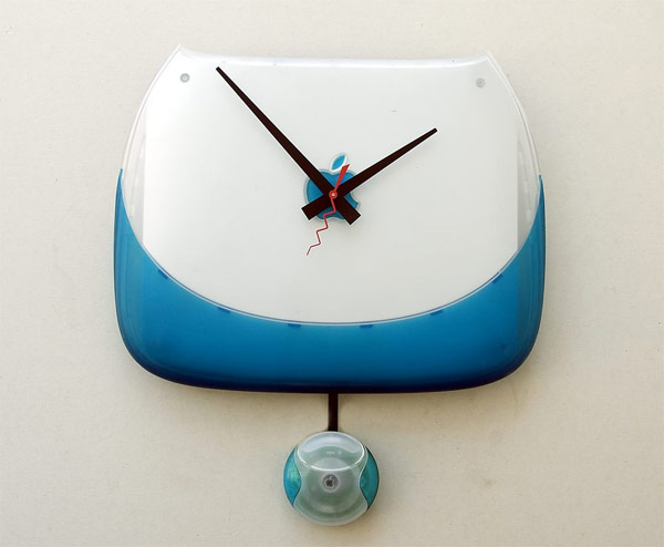 Recycled Apple iBook Clamshell Clock