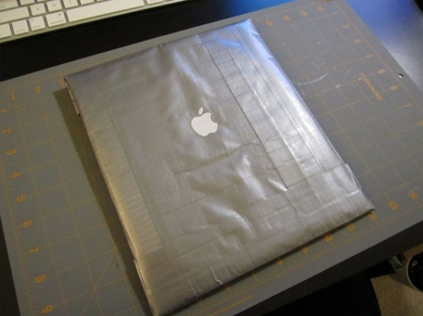 DIY Duct Tape iPad Sleeve