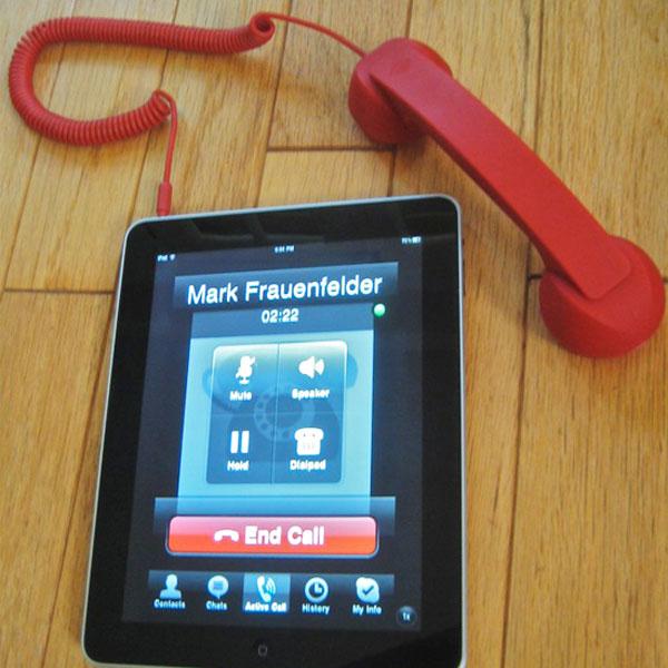 Moshi Moshi 01H Turns Your iPad Into An iPhone
