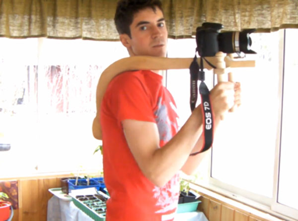 DIY DSLR Wooden Shoulder Rig