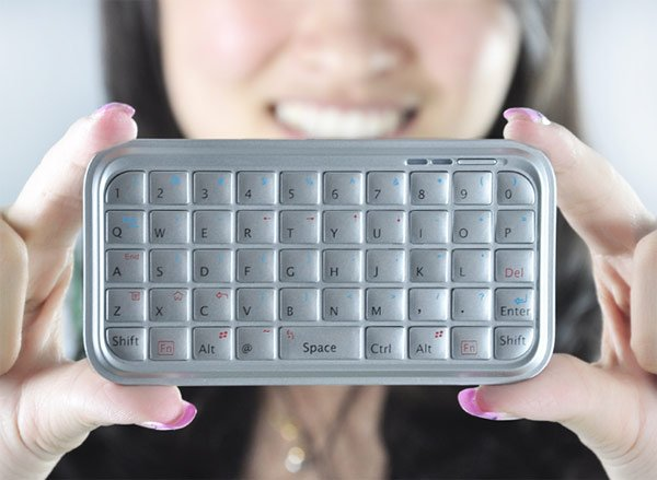 Smartphone Mini Bluetooth Keyboard
