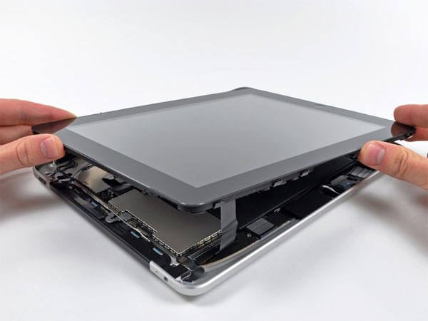 iPad 3G Gets Taken Apart