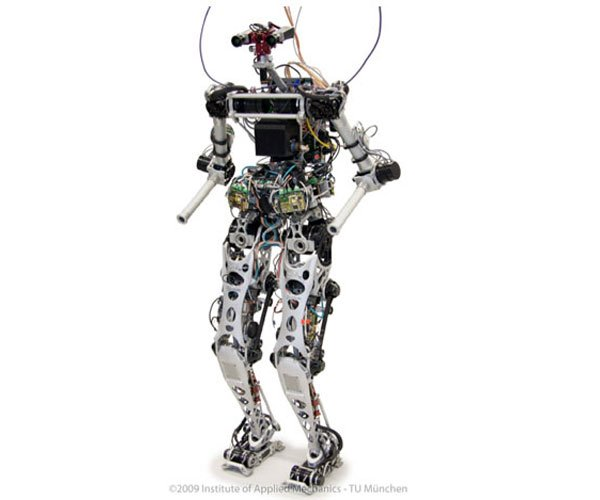 LOLA Humanoid Robot Can Avoid Obstacles with HD Eyes