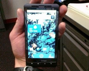 Motorola Droid Shadow Turns Up In A Gym
