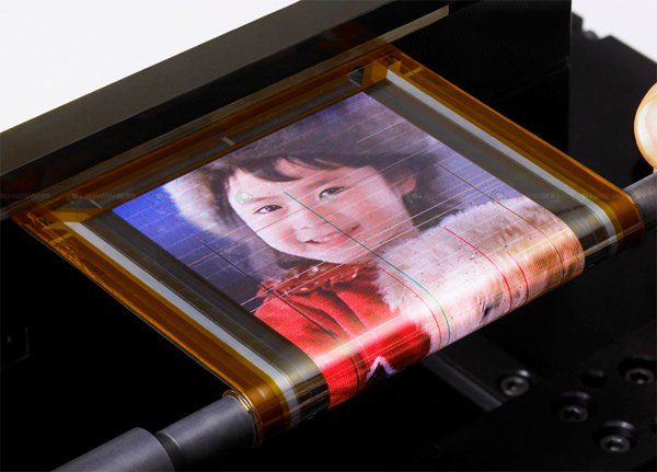 Sony Demonstrates Rollable OLED Display