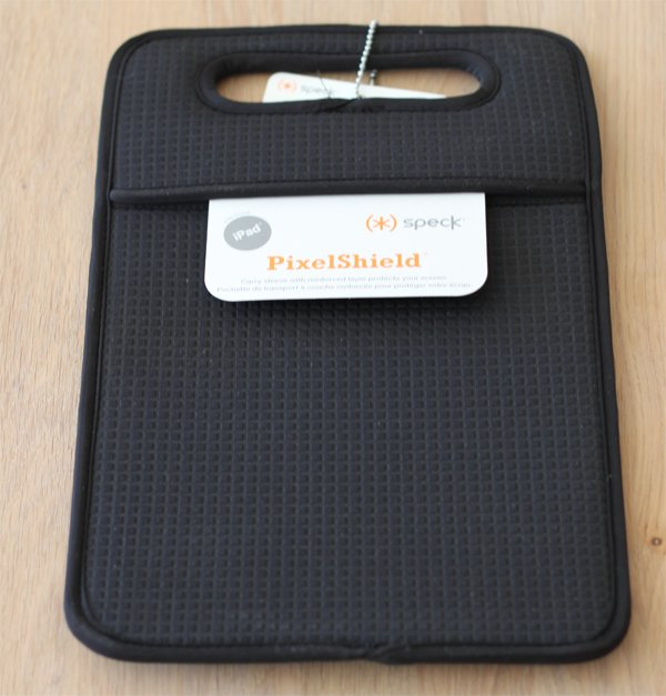 ipad case. win a speck ipad case