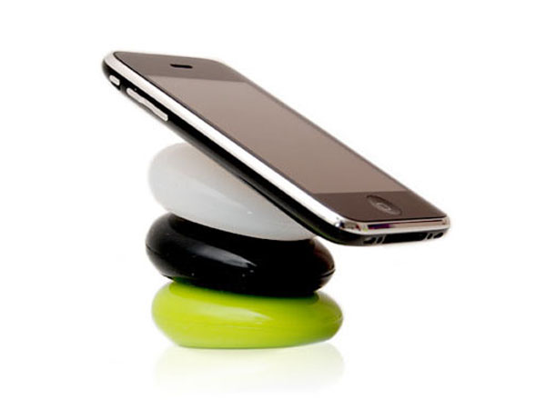 Your Pebbles Make A Fun Smartphone Stand