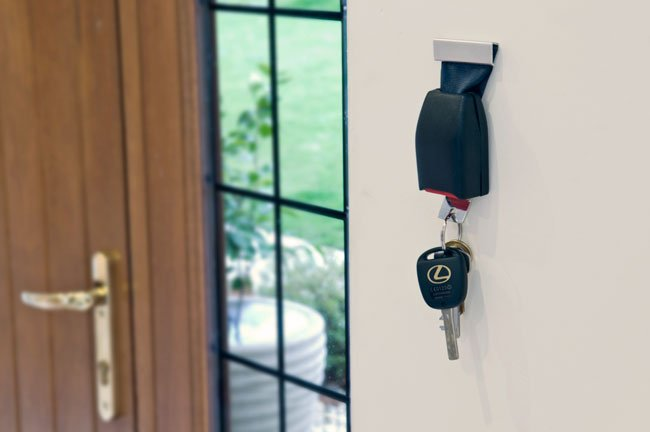 Buckle Up Key Holder Stops You From Losing Your Keys