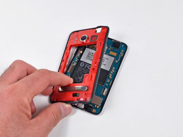 HTC Evo 4G Gets Taken Apart