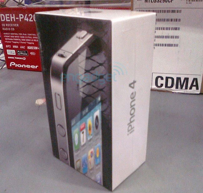 iPhone 4 Turns Up At Walmart, Doesn't Get Unboxed