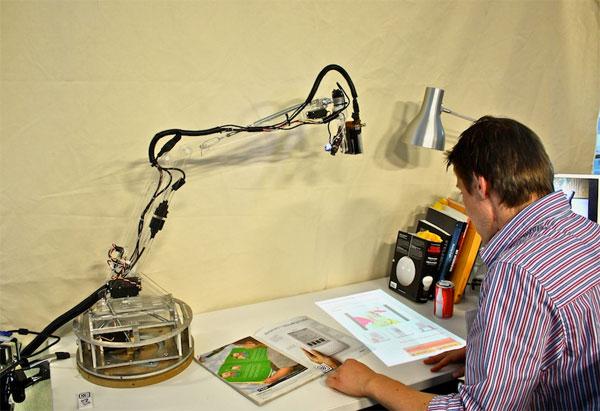 LuminAR Robotic Lamp