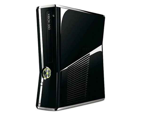 New Xbox 360 To Cost £200 In The UK, Available From July 2010