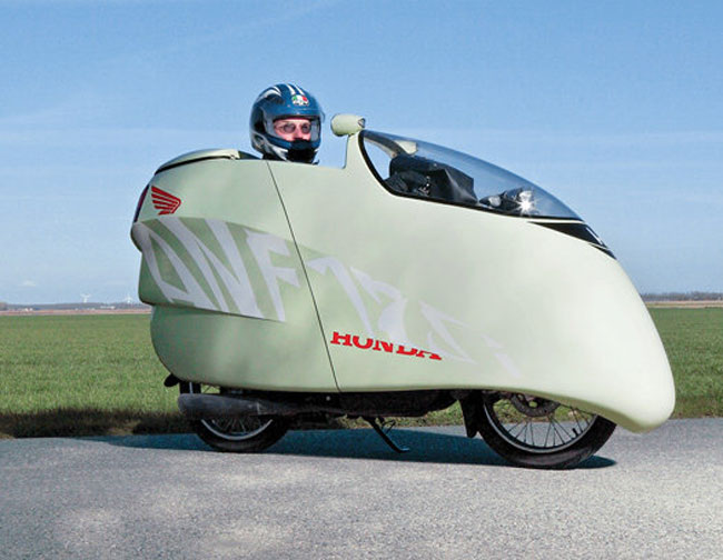 The 200 MPG Aerocycle