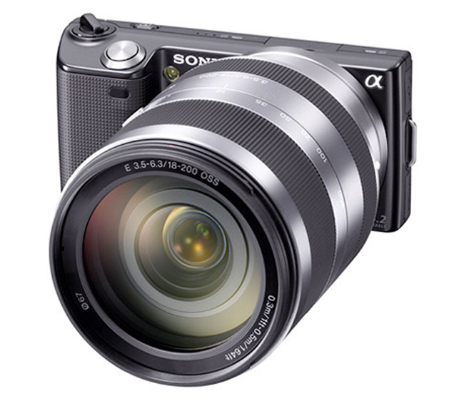 Sony NEX-3 And Nex-5 Get 3D Panoramas In Firmware Update