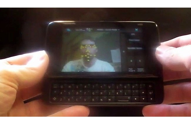 Nokia N900 Tracks Faces In Real-Time