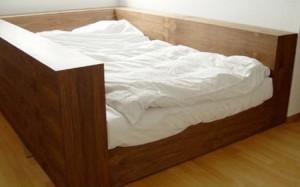 Quake-Bed