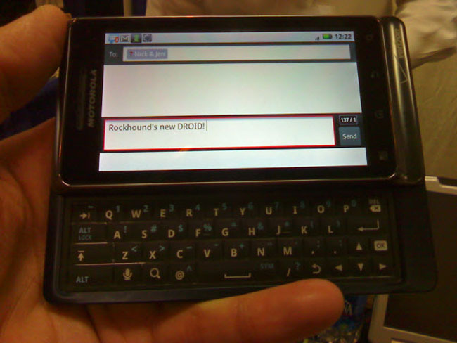 Motorola Droid 2 Spotted Again (Photos)