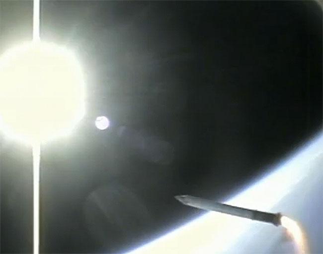 shuttle-booster-camera