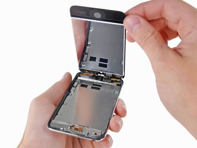 New iPod Touch Gets Taken Apart