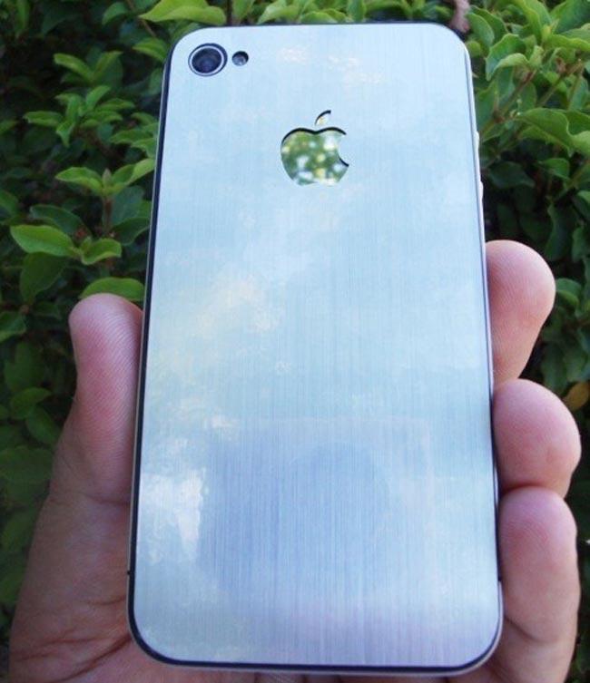 Brushed Aluminum iPhone 4 Decal