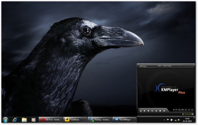Microsoft Launches Halloween Windows 7 Desktop Themes