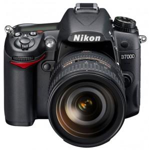 Nikon D7000 Gets Unboxed (Video)