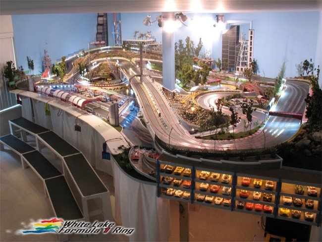 ultimate slot car track