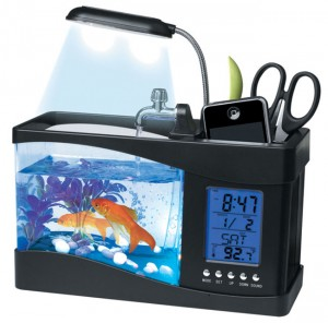 USB Desktop Aquarium Holds Fish, Pens and More