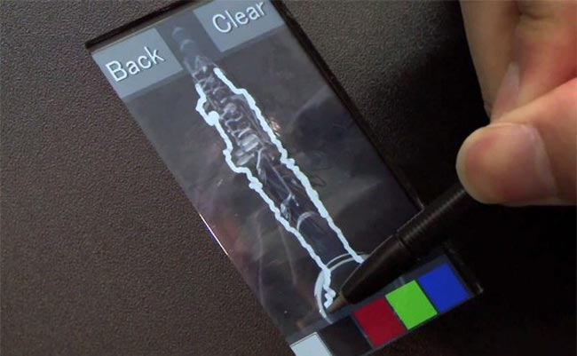 Hitachi Unveils Capacitive Display That Accepts Stylus Input