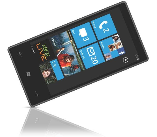 Windows Phone 7 transparent Lock Screen