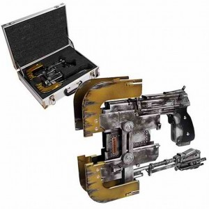 This Dead Space Plasma Cutter Replica Is Really Really Expensive