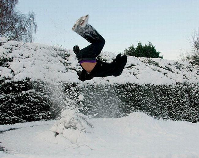 Exploding Snow