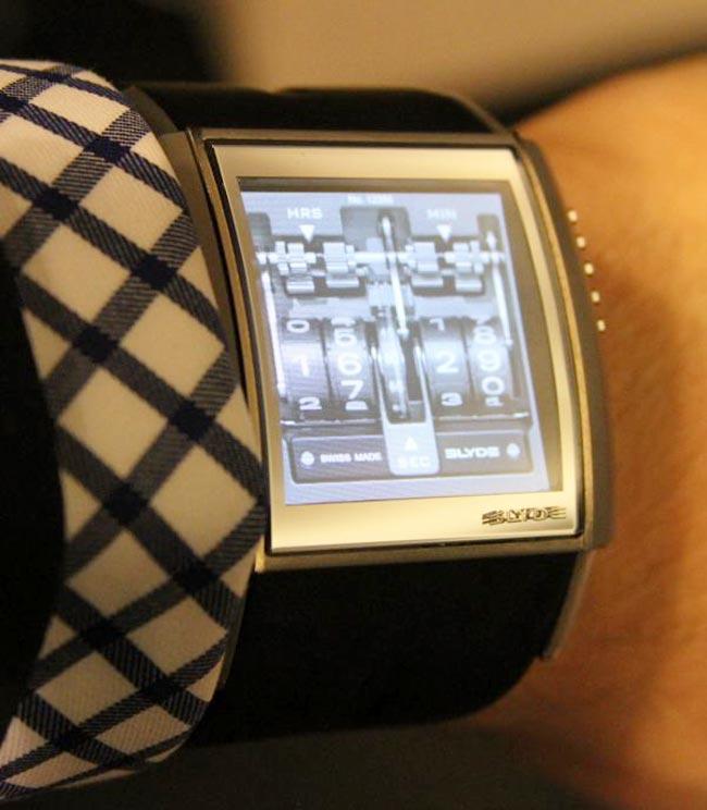 HD3 Slyde Watch