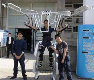 Japanese College Kids Build Their Own Exoskeleton Frame