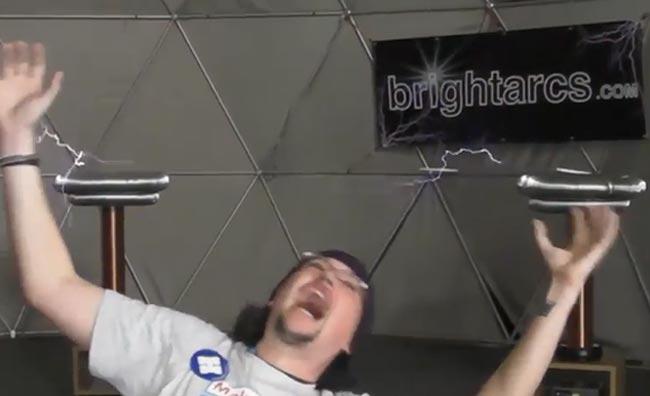 Tesla Coils Kinect Hack