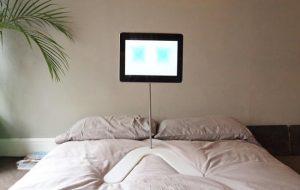 Hanfree iPad Stand