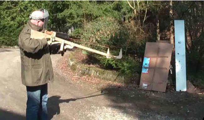Machete Gun