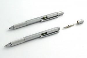 Metal Pen a Geek Could Appreciate