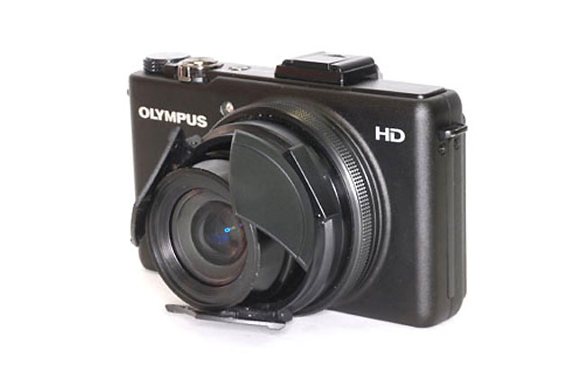 Retractable Lens Cap For The Olympus XZ-1
