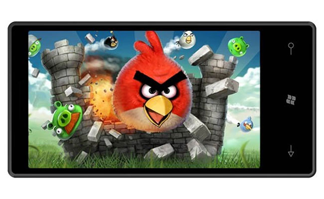 Angry Birds Game Arrives On Windows Phone 7