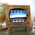 Wooden-Retro-TV-iPad-Dock_1