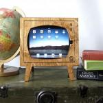 Wooden Retro TV iPad Dock