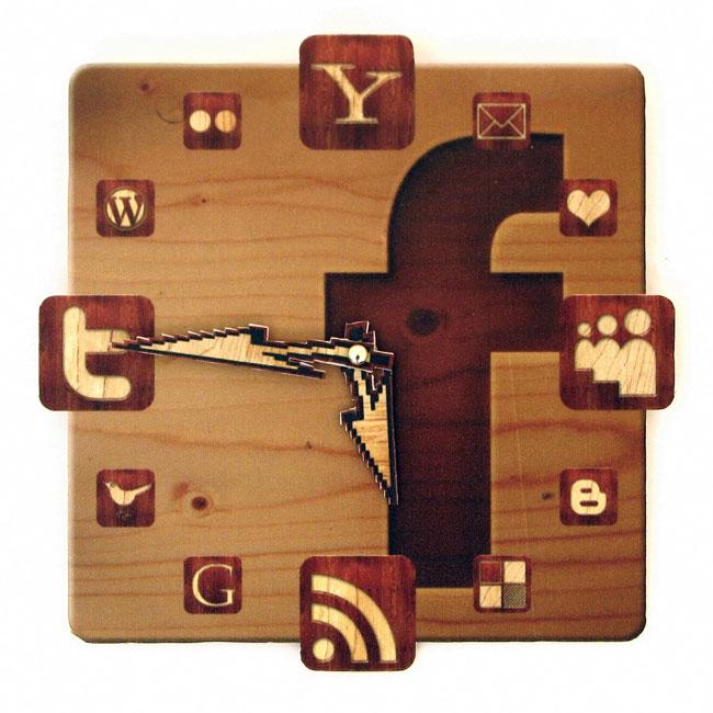Facebook Icon Wall Clock