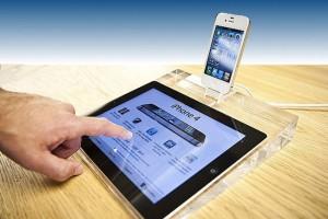 iPad 2 Acrylic Display Dock