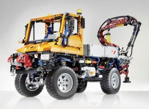 Largest LEGO Technic Set Ever is a Mercedes Unimog Model