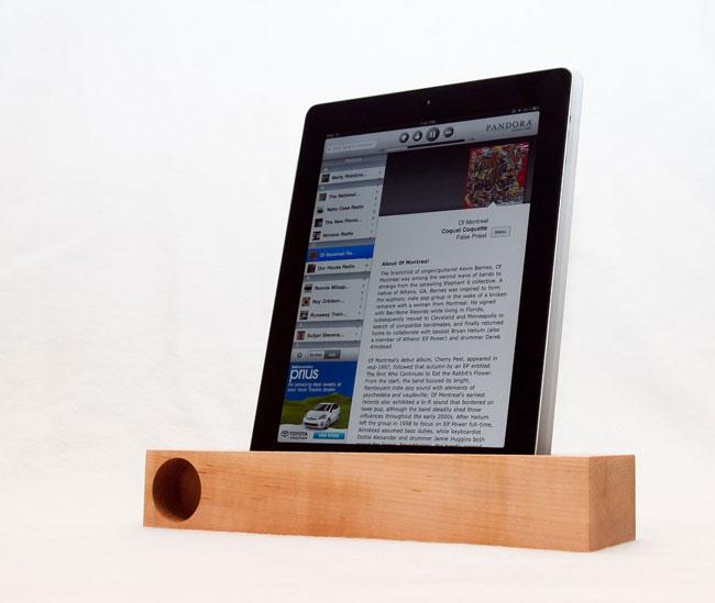 Wooden iPad Speaker