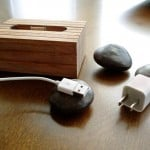 Handcrafted-Wooden-iPhone-And-iPad-Docks_5