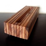 Handcrafted-Wooden-iPhone-And-iPad-Docks_6