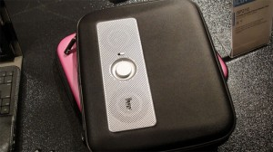 iLuv MusicPac iPad Speaker Case (video)